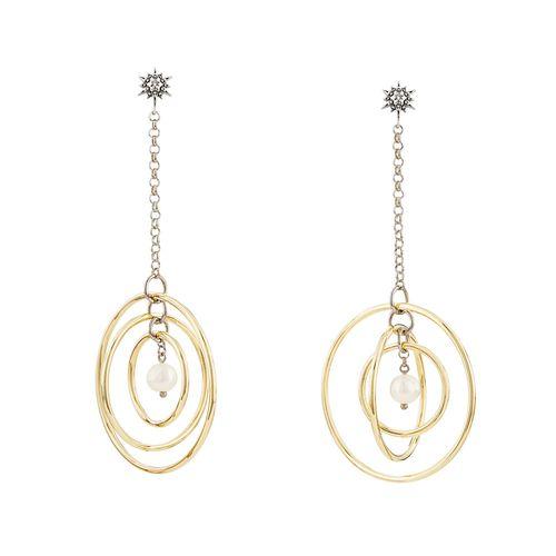 par-de-brincos-de-ouro-amarelo-e-ouro-nobre-18k-com-perolas-e-diamantes-cognac-B2P205210