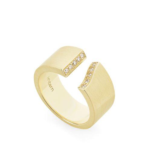Anel-de-ouro-amarelo-18K-com-diamantes---Colecao-Assinatura-HS---A2B205103-