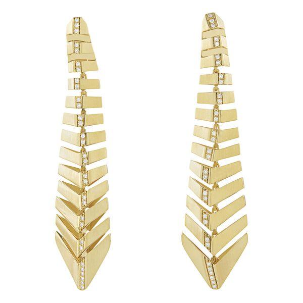 Par-de-brincos-de-ouro-amarelo-18K-com-diamantes---Colecao-Assinatura-HS---B2B208692