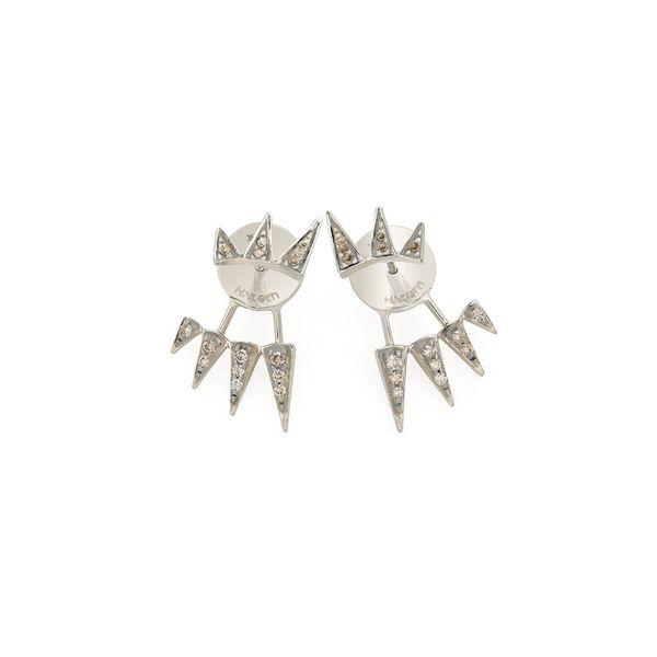 Par-de-brincos-de-Ouro-Nobre-18K-com-diamantes-cognac---B1B204163