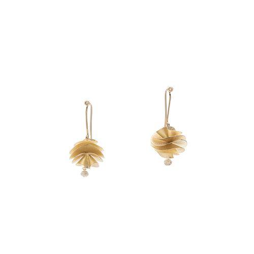 Par-de-brincos-de-ouro-amarelo-18K-com-diamantes---Colecao-Grupo-Corpo---B2B174981