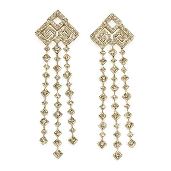 Par-de-brincos-de-ouro-amarelo-18K-com-diamantes-brancos-e-cognac---Colecao-Jogo-de-Cartas---B2B202404