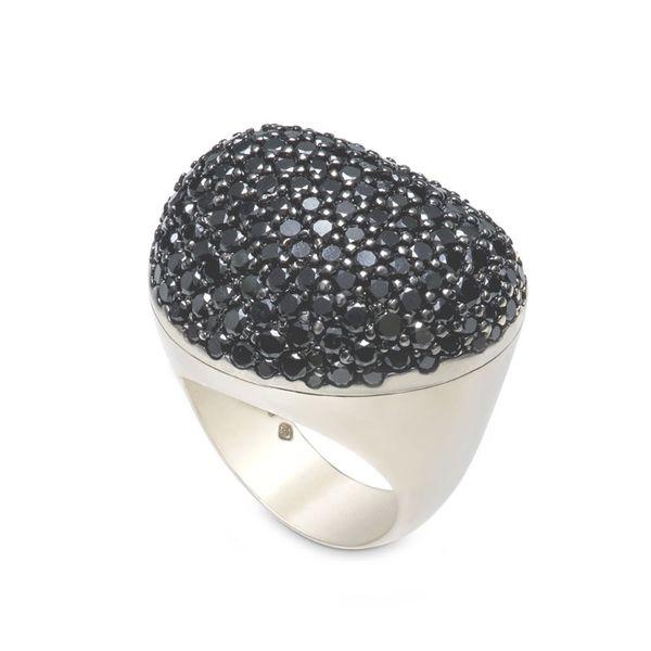 Anel-de-Ouro-Nobre-18K-com-diamantes-negros---Colecao-Pedras-Roladas---A1B190254