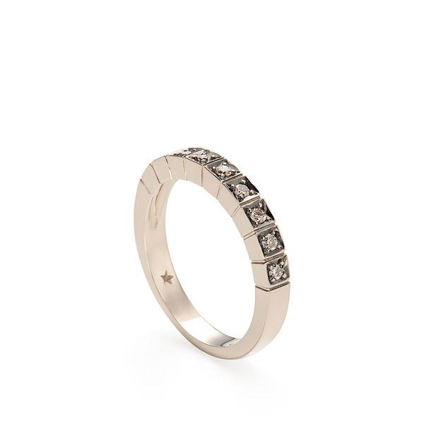 Anel-de-Ouro-Nobre-18K-com-diamantes-cognac---Colecao-Stars---A1B170014