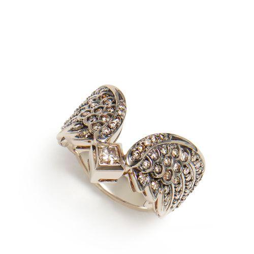 Anel-de-Ouro-Nobre-18K-com-diamantes-cognac---Colecao-Rock-Season---A1B199981