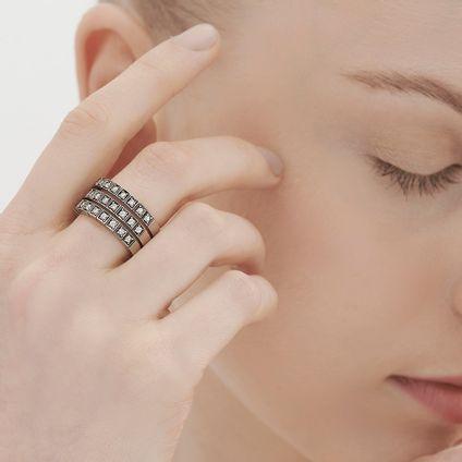 Anel-de-Ouro-Nobre-18K-com-diamantes-cognac---Colecao-Stars---LookBook