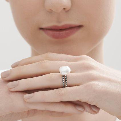 Anel-de-Ouro-Nobre-18K-com-diamantes-cognac-e-perola---Colecao-Perolas---LookBook