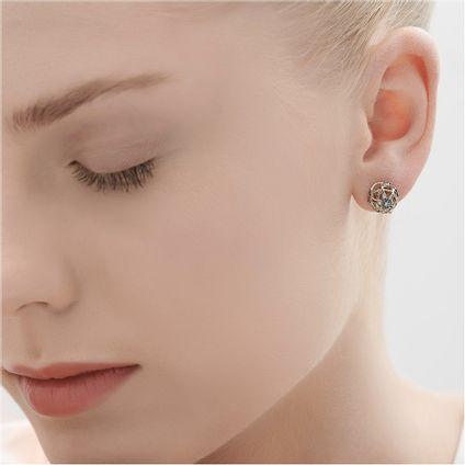 Par-de-brincos-de-Ouro-Nobre-18K-com-diamantes---Colecao-Galilei---LookBook