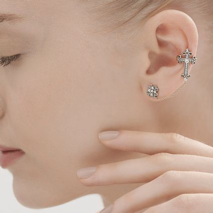 Par-de-brincos-de-Ouro-Nobre-18K-com-diamantes---LookBook