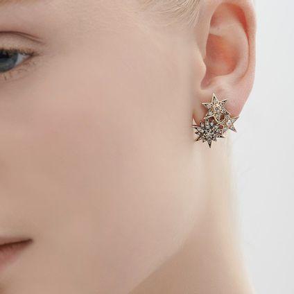 Par-de-brincos-de-Ouro-Nobre-18K-com-diamantes-cognac---LookBook