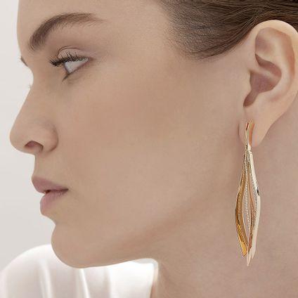 Par-de-brincos-de-Ouro-Nobre-e-ouro-rose-18K-com-diamantes-cognac---LookBook