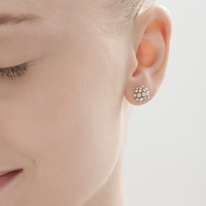 Par-de-brincos-de-ouro-amarelo-18K-com-diamantes---Colecao-Buque-de-Diamantes---LookBook