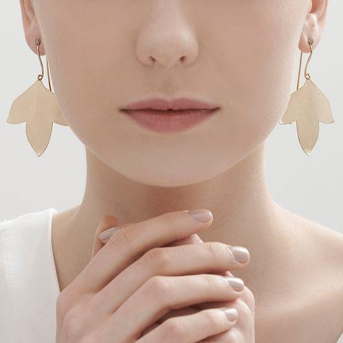 Par-de-brincos-de-ouro-amarelo-e-ouro-nobre-18K-com-diamantes-cognac---Colecao-Hera---LookBook
