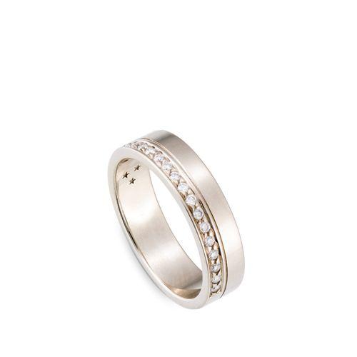 Alianca-de-Ouro-Nobre-18K-com-diamantes---Aliancas-HStern---AL1B209279